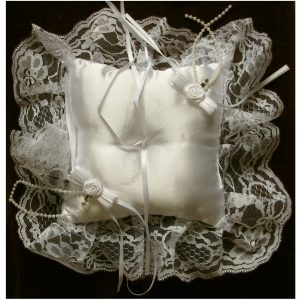 SL410 Ivory Ring Cushion