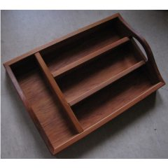 WD02 Rimu Cutlery Tray with Handles